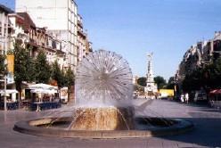 Place Drouet d'Erlon à Reims, fontaine de la Liberté et fontaine Subé